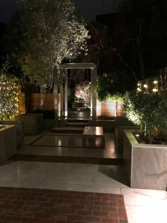 Modern City Garden Lighting