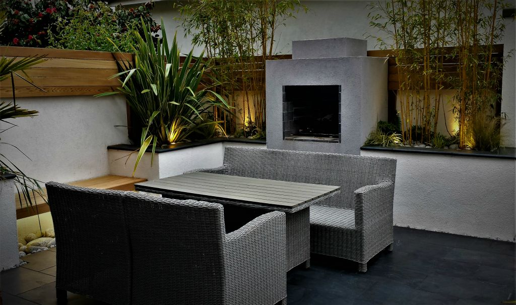 Modern outdoor dining lighting